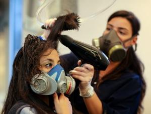 آرایشگران و خطرات فرمالدهید